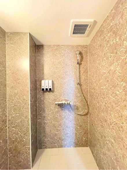 風待月206号室、シャワー室の写真1