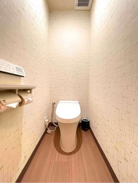 寝長月303号室、洗面、御手洗いの写真2