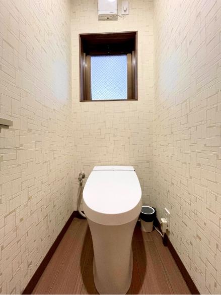 神楽月304号室、洗面、御手洗いの写真2