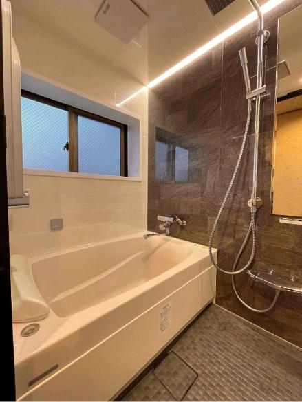四月天401号室、シャワー室の写真1