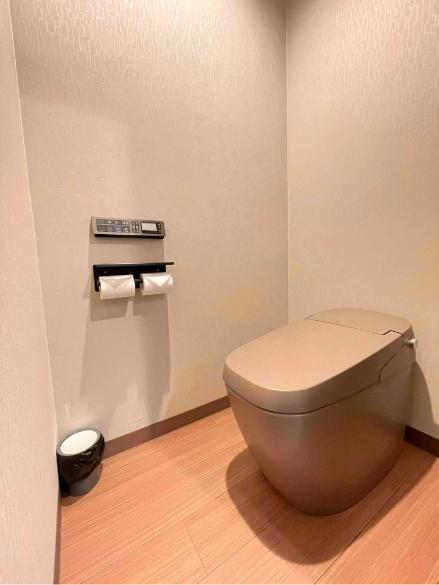 四月天401号室、洗面、御手洗いの写真2